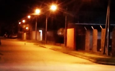 Iluminación en calle Troncoso y Lira